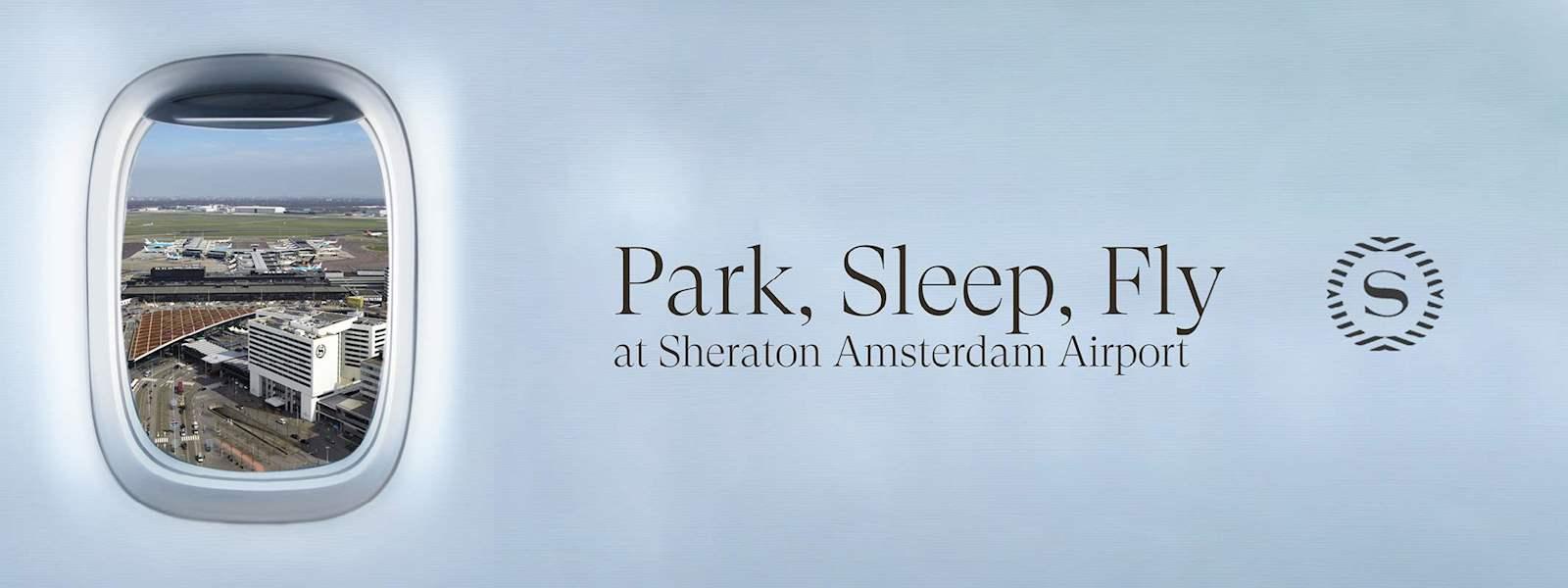 Voorgevel met Sheraton Logo in de avond
